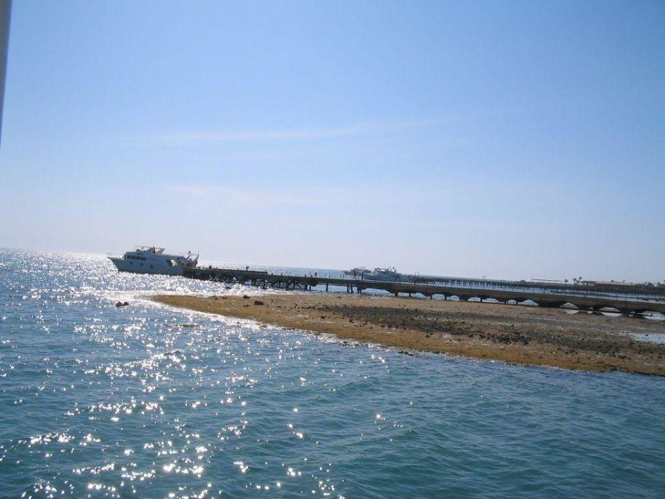 Früh morgens SUNRISE Crystal Bay Resort -Grand Select-