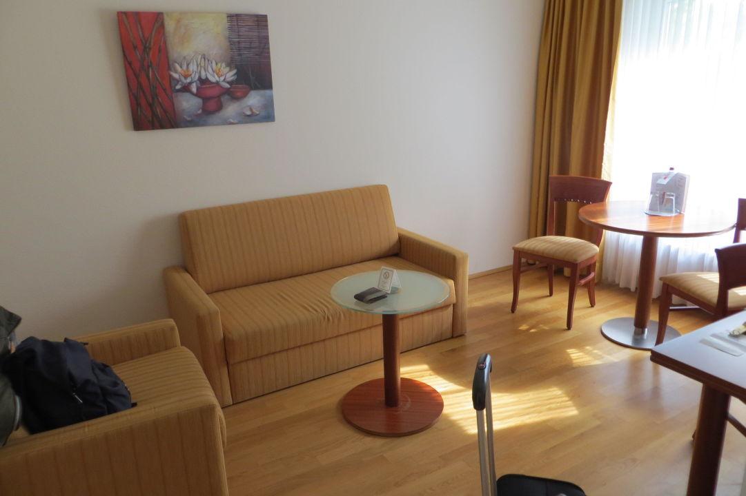 bild wohnraum zu newlivinghome appartements hamburg in. Black Bedroom Furniture Sets. Home Design Ideas