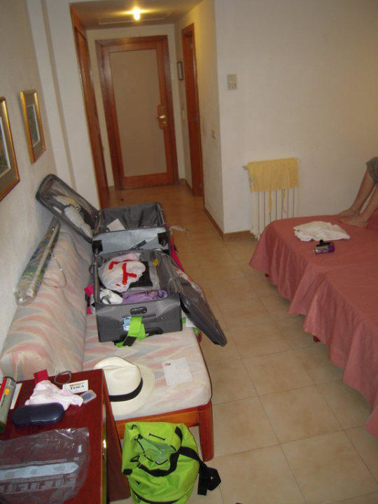 Zimmereingangstüre Hotel Tora