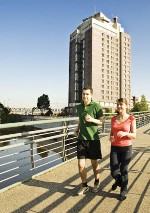 Jogging Rundlauf Entenwerder Hotel Holiday Inn Hamburg