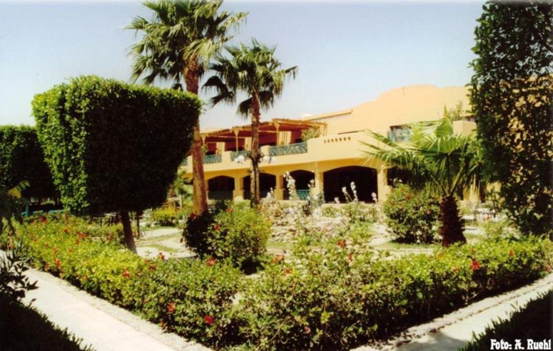Hotel Giftun - Blick auf das  Haupthaus Giftun Azur Resort