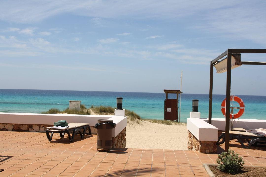 bild gro er pool zu hotel riu la mola in playa migjorn. Black Bedroom Furniture Sets. Home Design Ideas