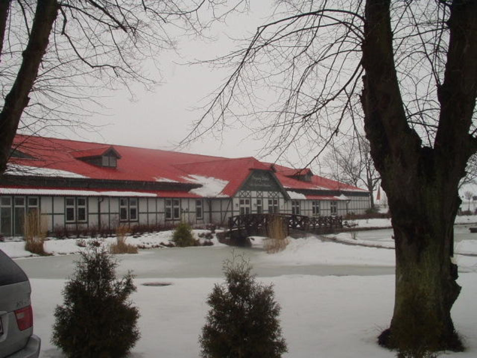 Das Gebäude mit den Sportanlagen Resort Gutshof Sparow