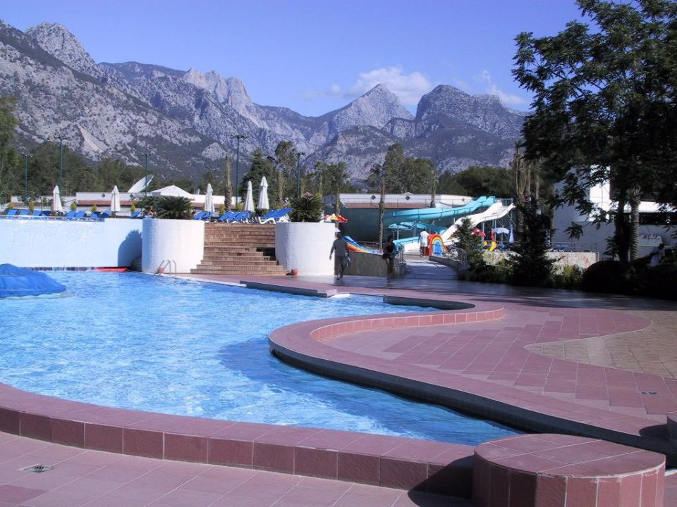 Der untere Pool Nurol Club Salima Holiday Village