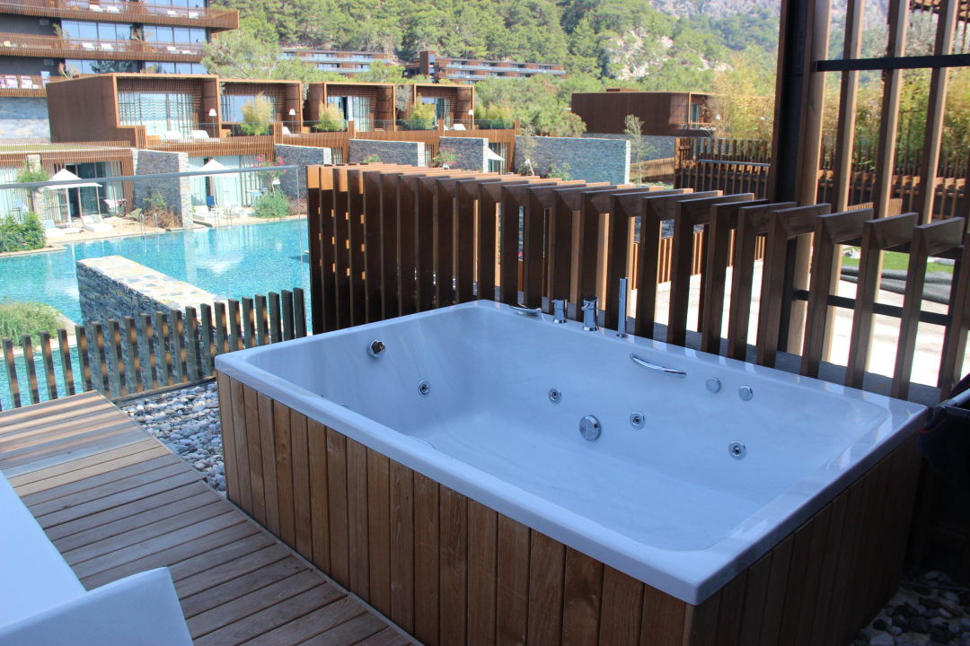 Jacuzzi On The Terrasse Maxx Royal Kemer Resort Kiris