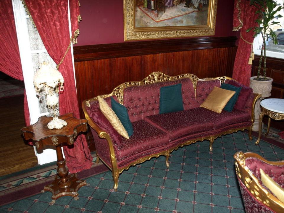 Eine andere Sitzgruppe im Salon Queen Anne Hotel