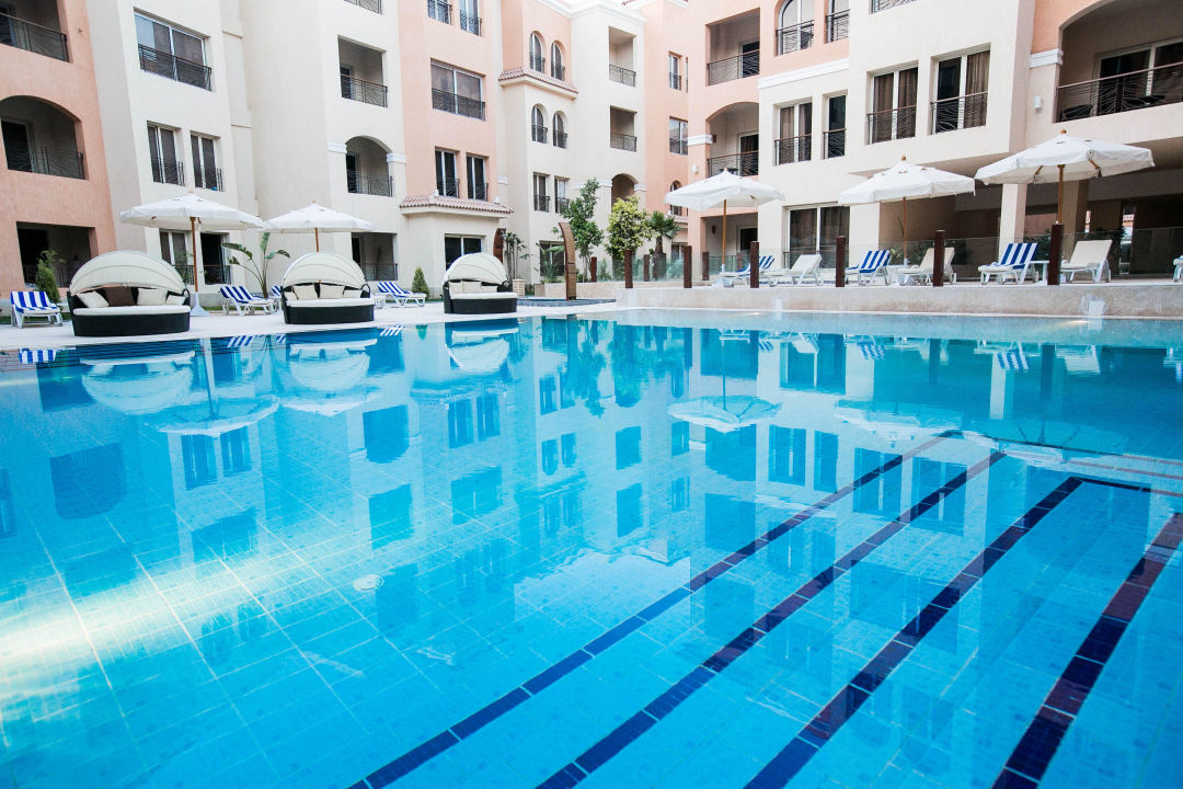 Resta Pool The Bosque Hotel