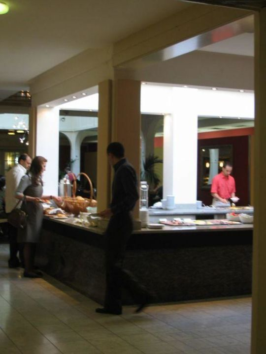 Breakfast buffet for groups Austria Trend Hotel Ananas