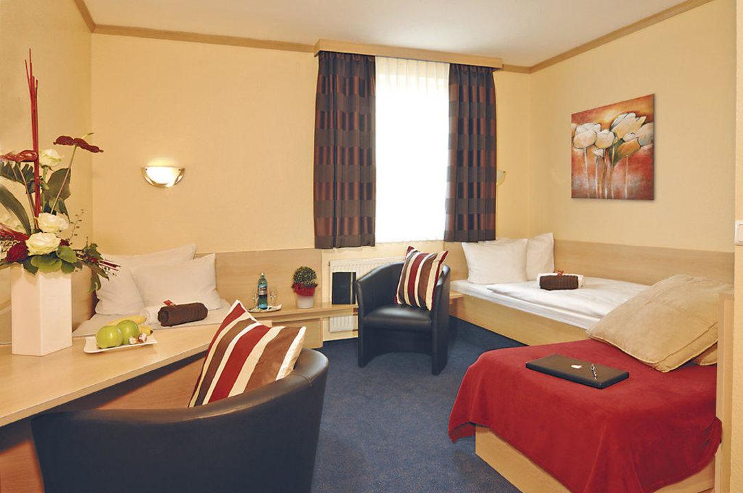 Dreibettzimmer im Hotel Sleep & Go Bad Hersfeld Hotel Sleep& Go