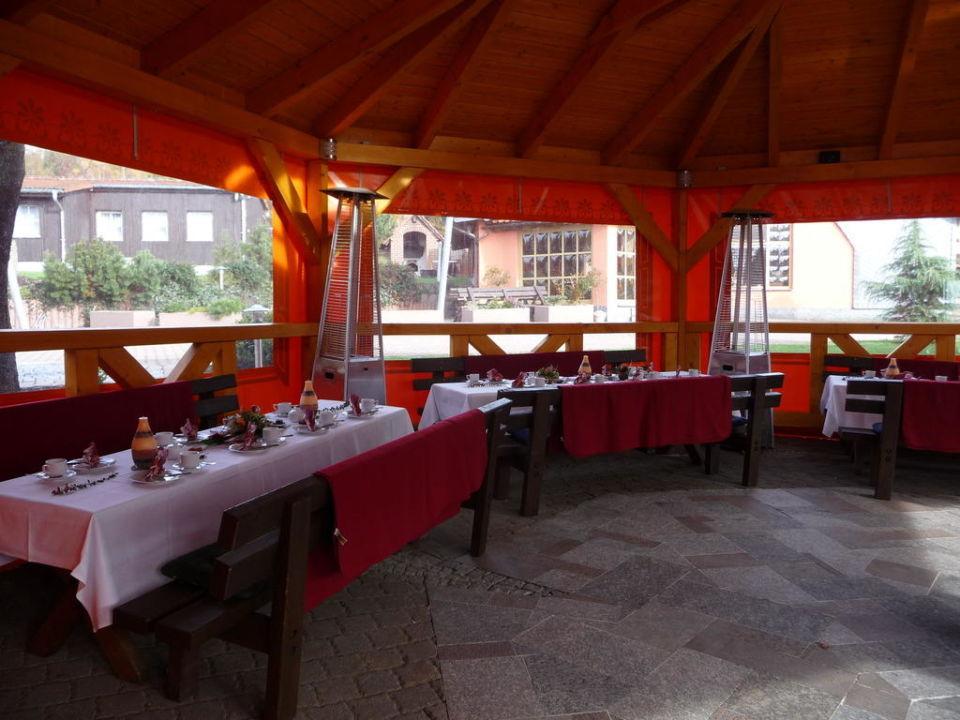 Feierlichkeiten im Pavillon Gasthof Brauner Hirsch