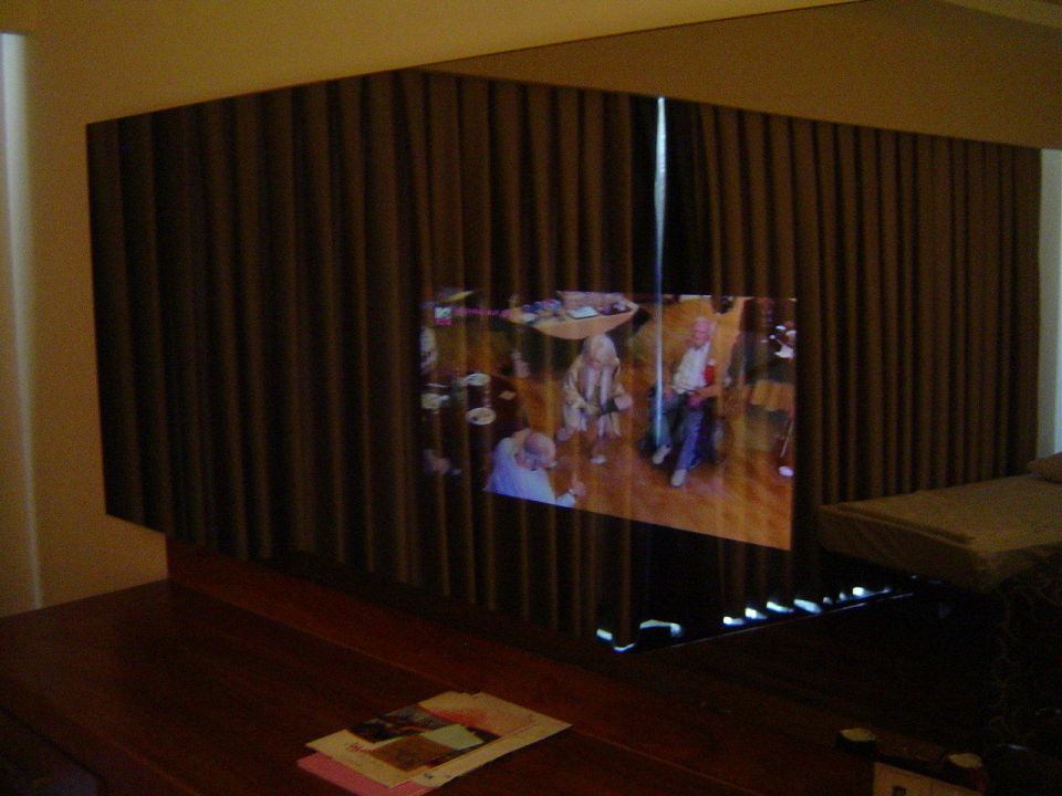 Stunning Tv Im Spiegel Integriert Contemporary - Kosherelsalvador ...
