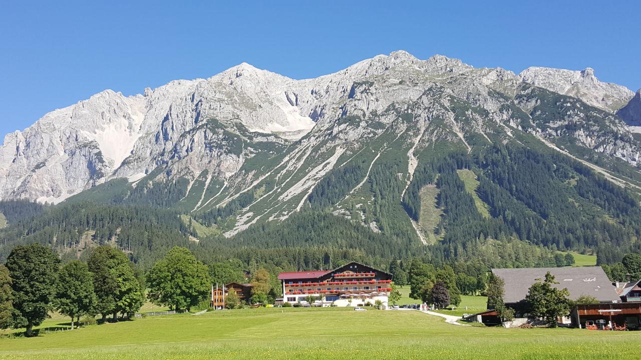 Außenansicht Hotel Berghof