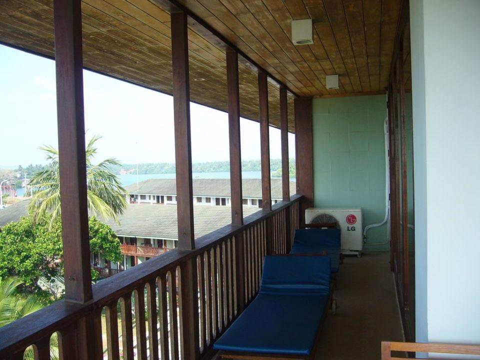 Unser großer Balkon; #207 Bentota Beach by Cinnamon