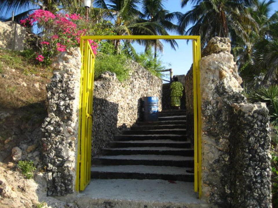 Hell's Gate Reef Hotel Mombasa