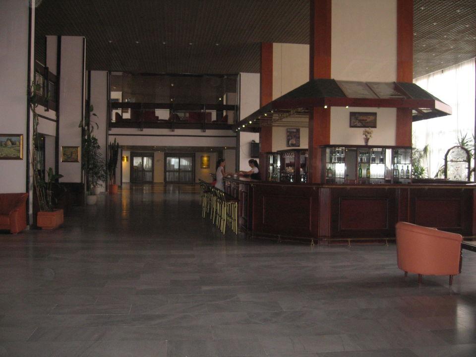 The lobby Hotel Samokov