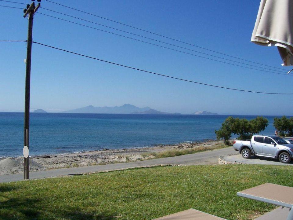 Blick von der Liege auf das Meer SENTIDO Carda Beach Atlantica