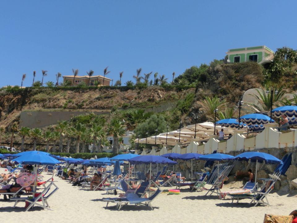 Widok z plazy  Hotel Lido San Giuseppe