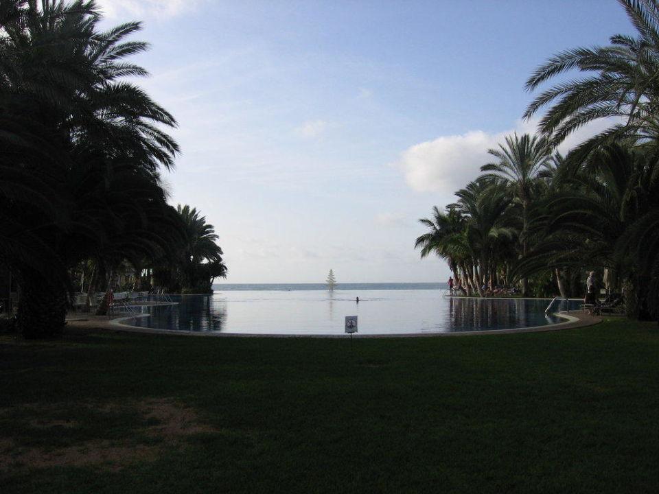Blick auf den Hauptpool Lopesan Costa Meloneras Resort, Spa & Casino