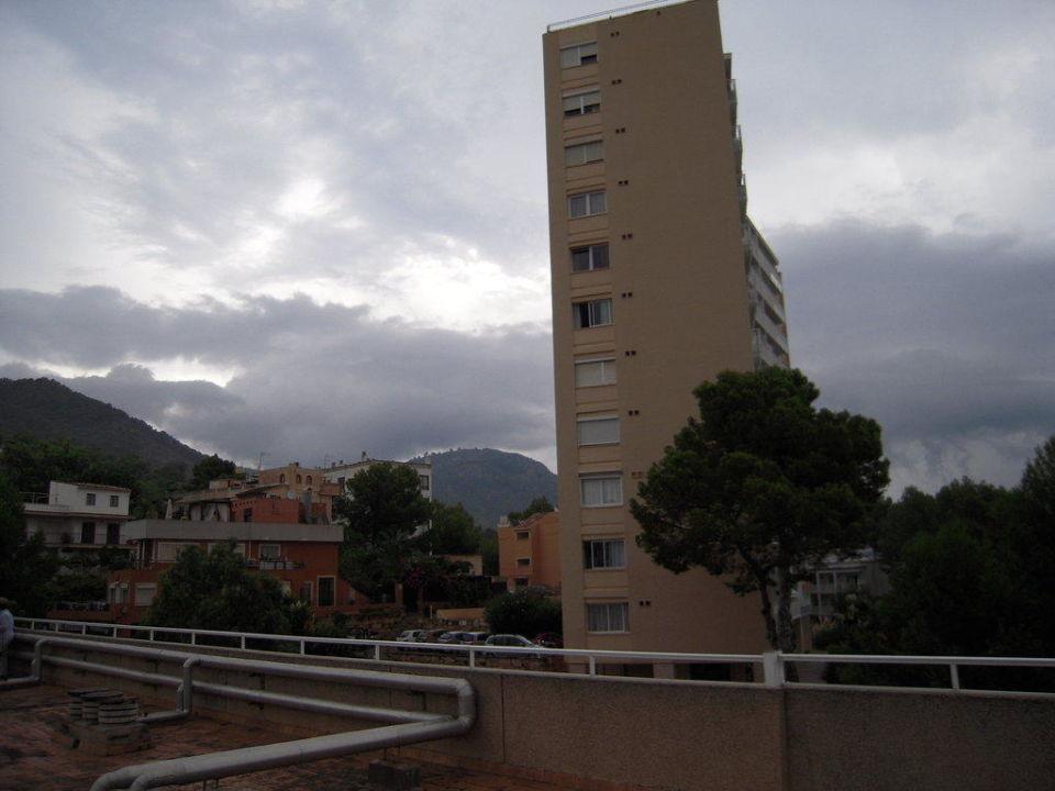 Blick vom Dach des Hotels. Hotel Tora
