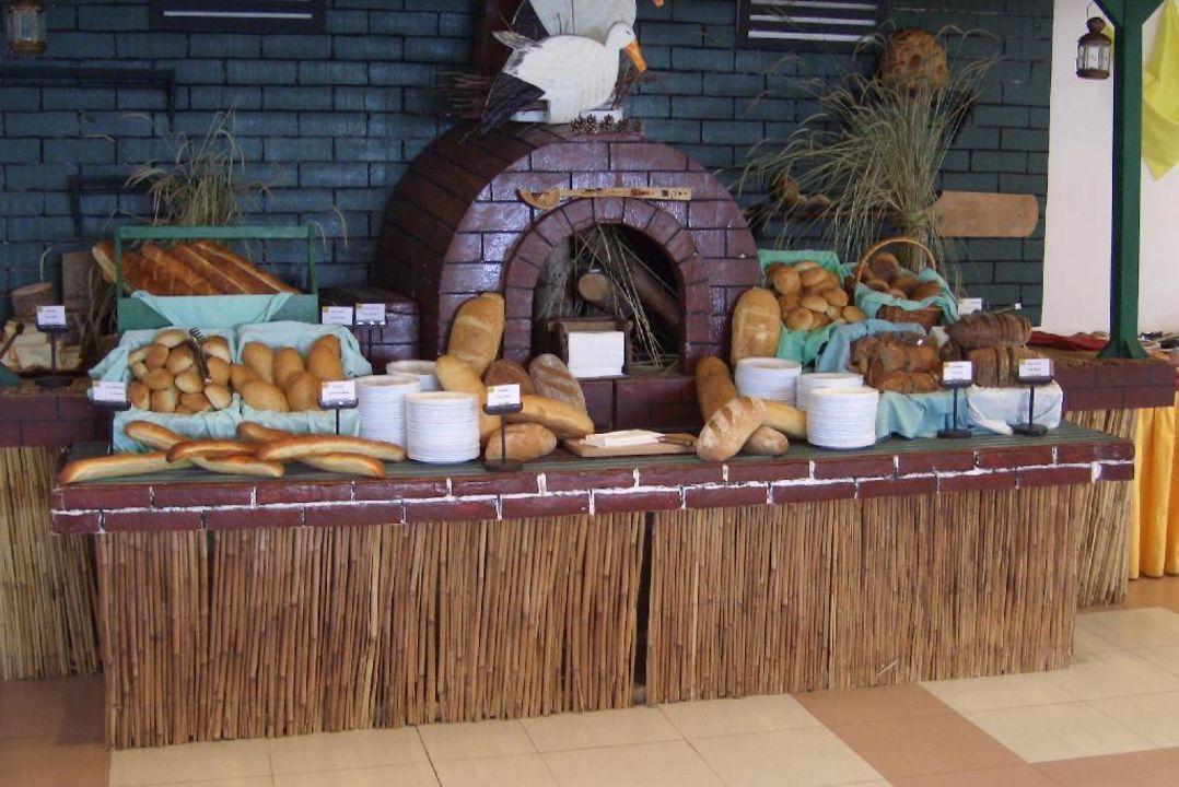 Brotauswahl beim Frühstücken im Holiday Village Duni Royal Holiday Village