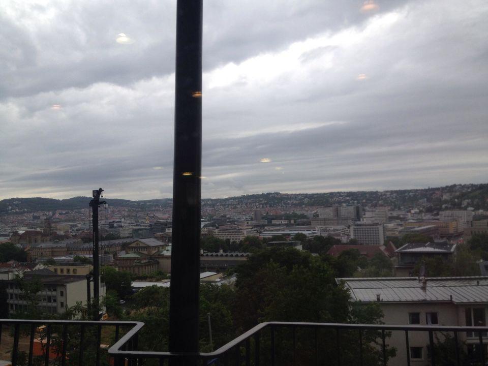 Aussicht vom Frühstücksraum Jugendherberge Stuttgart International