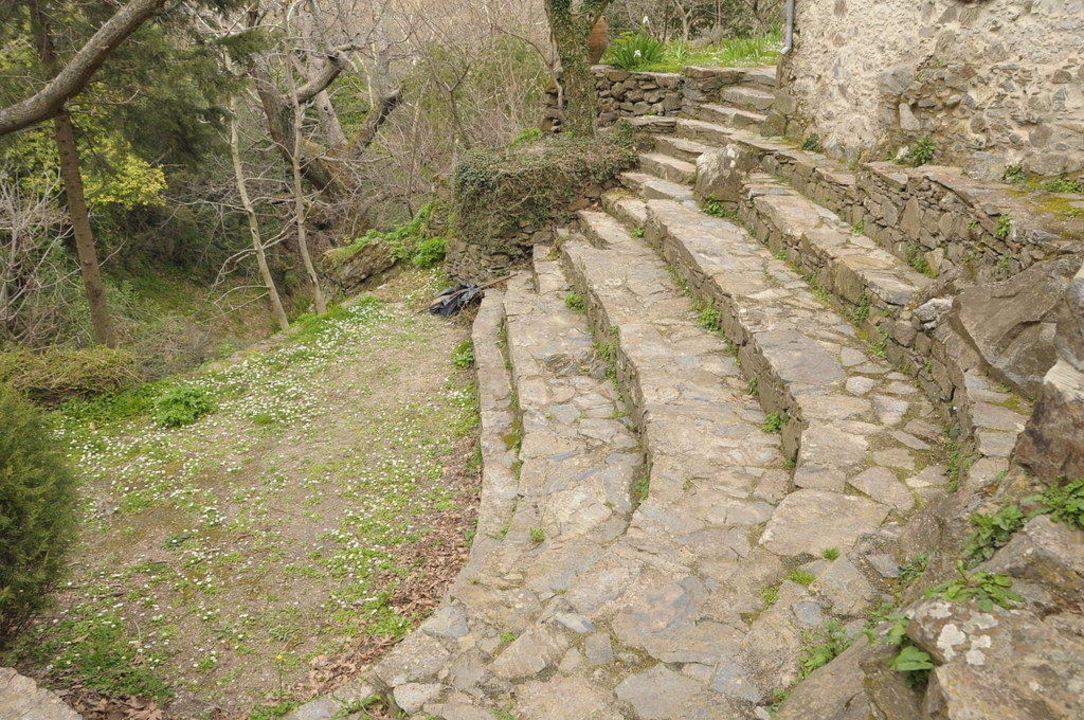 Amphitheater am Bach Milia Mountain Retreat