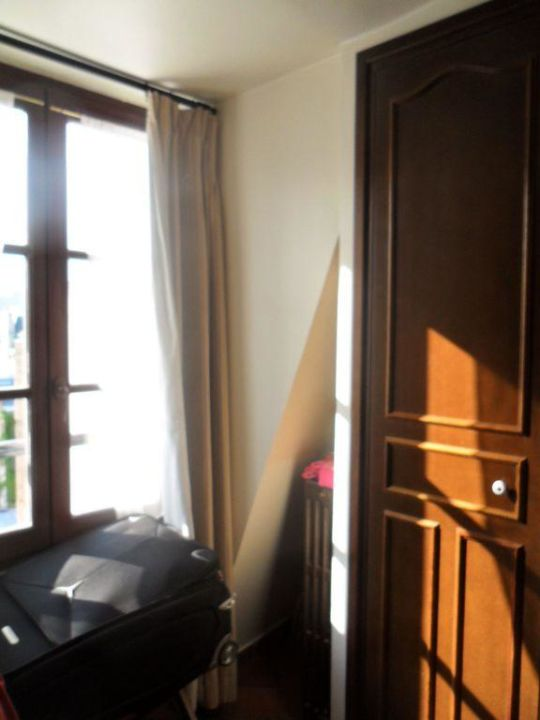 Zimmer vom Fenster aus Castex Hotel