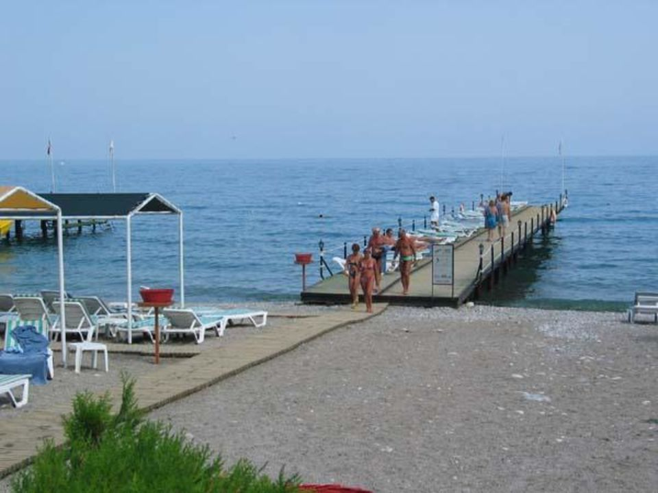 Steg ins Meer Hotel Ring Beach
