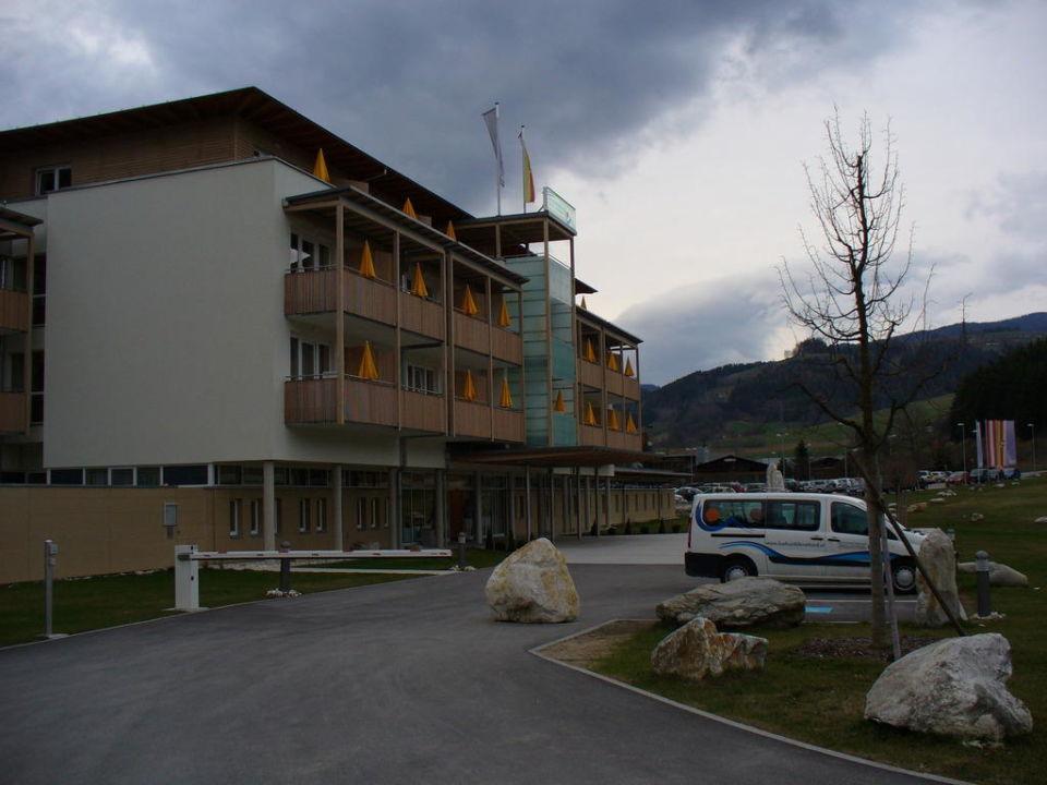 Eingangsbereich OptimaMed Gesundheitsresort Bad St. Leonhard
