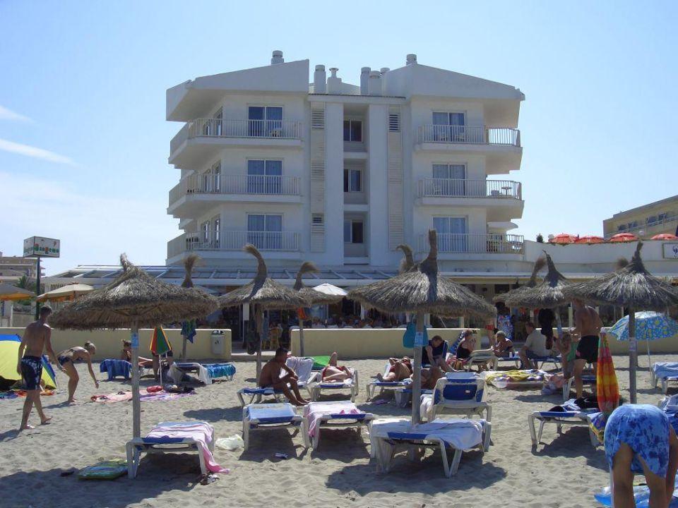 Blick vom Meer/Strand auf das Hotel Grupotel Picafort Beach