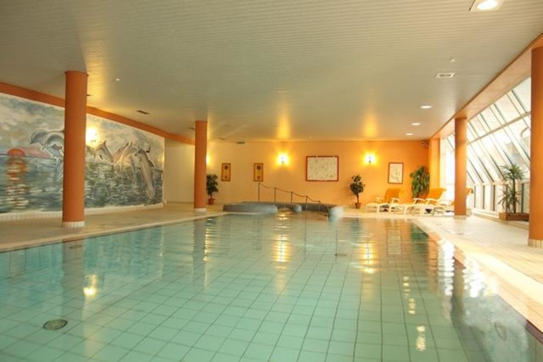 Schwimmbad hotel novum hinte holidaycheck for Hotel munster schwimmbad