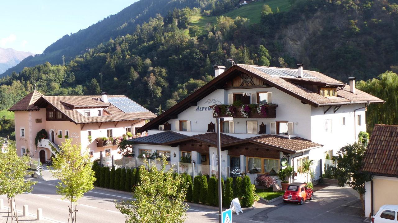 Hotel Und Restaurant Alpenhof