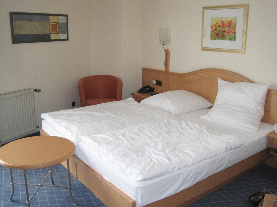 Moderne Möbel Im Zimmer Hotel Zur Eich Wermelskirchen