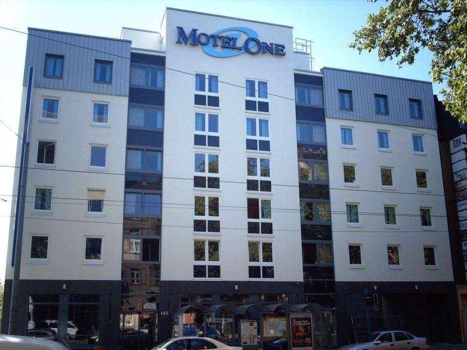 Bild unser zimmer zu motel one frankfurt east side in for Motel one zimmer bilder