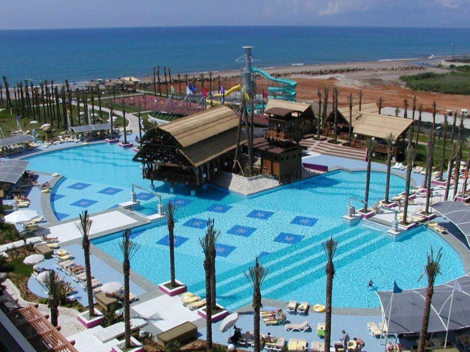Aussicht auf das Pool Hotel Delphin Diva