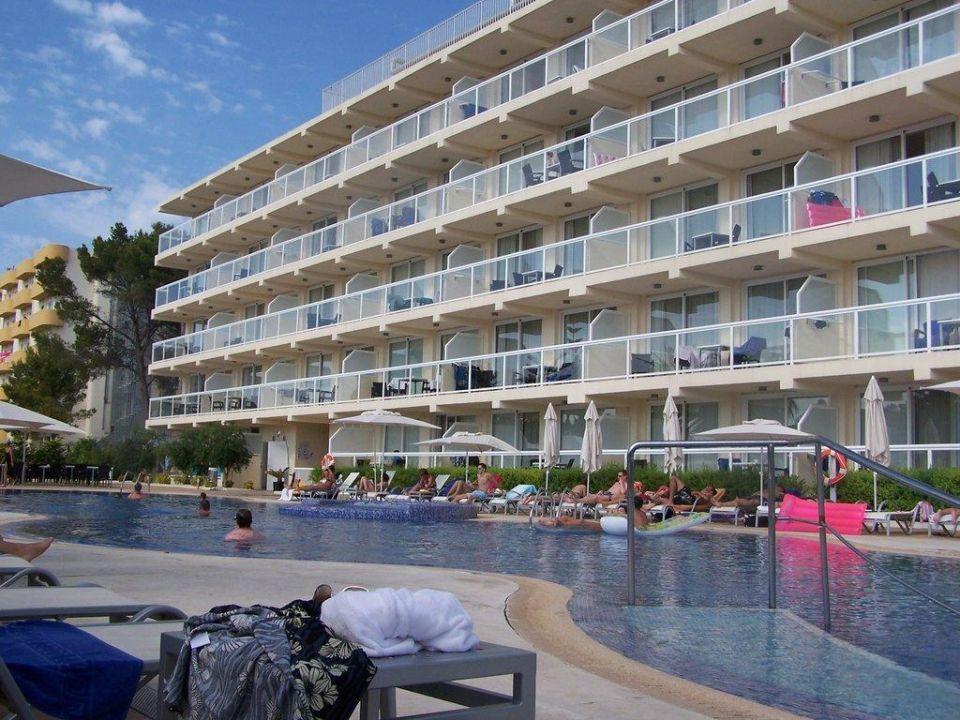 Großer Pool Las Gaviotas Suites Hotel