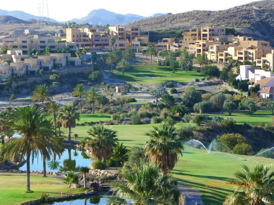 Blick vom Balkon auf Loch 10, 14, 18 Hotel Valle del Este Golf Spa