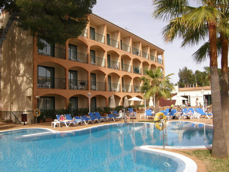 Poolbereich Valentin Paguera Hotel & Suites