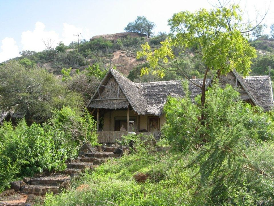 Unser Zimmer von außen Rhino Valley Lodge