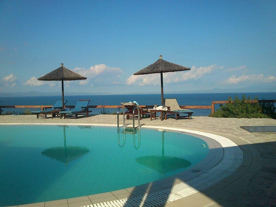 kleiner pool blue bay halkidiki afytos holidaycheck chalkidiki griechenland. Black Bedroom Furniture Sets. Home Design Ideas