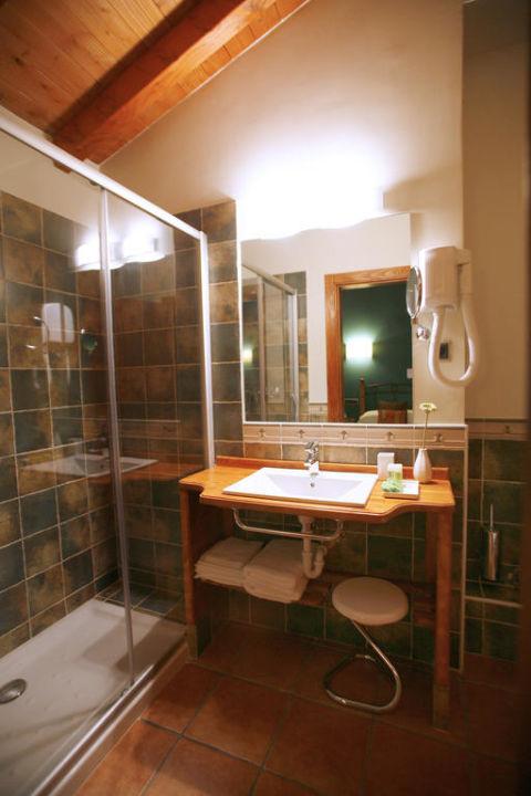 Baño de habitacíón Hotel-Apartamento Rural Atxurra