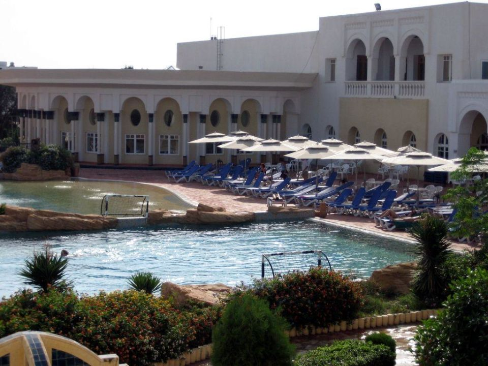Pool Hotel Medina Belisaire & Thalasso