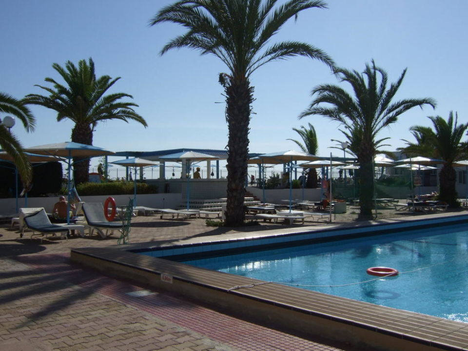 Pool El Mouradi Club Selima