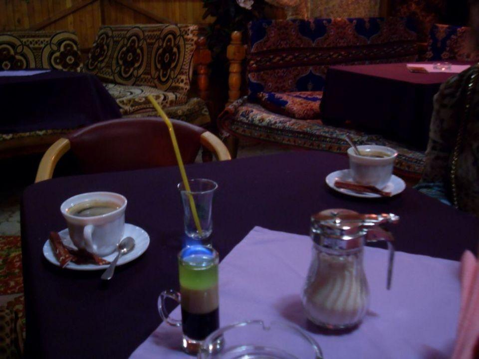В ресторанчике г-цы москва Hotel Moskwa