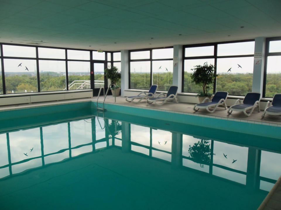 Pool existiert nicht mehr h4 hotel frankfurt messe frankfurt am main holidaycheck - Pool frankfurt ...