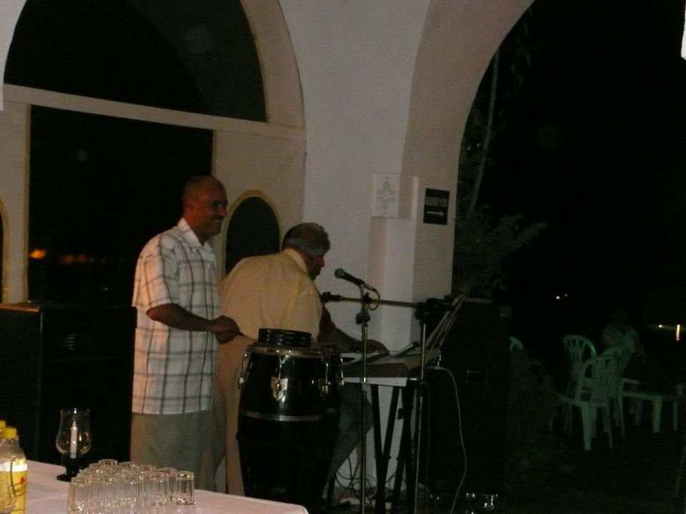 Abendliches Singen der Gäste Hotel Shalimar