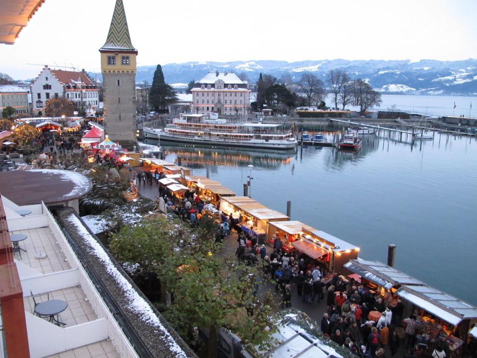 Lindau Weihnachtsmarkt.Weihnachtsmarkt Am Hafen Hotel Bayerischer Hof Lindau