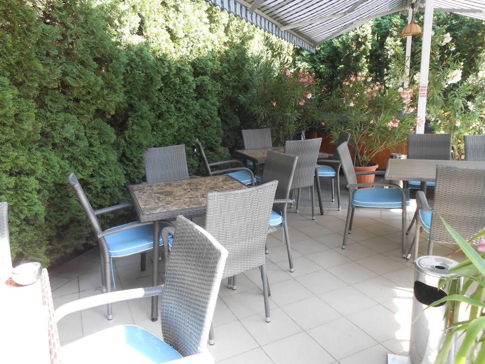 Neue Gartenmöbel 2016 Villa Rosa Zamárdi Holidaycheck