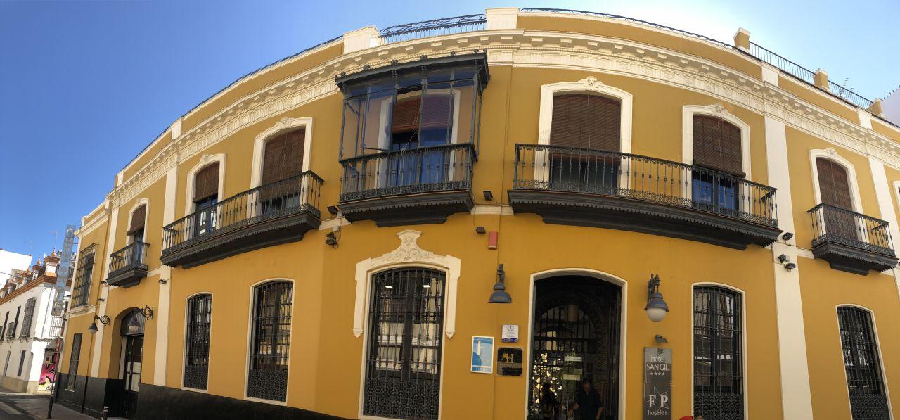 Außenansicht Hotel San Gil