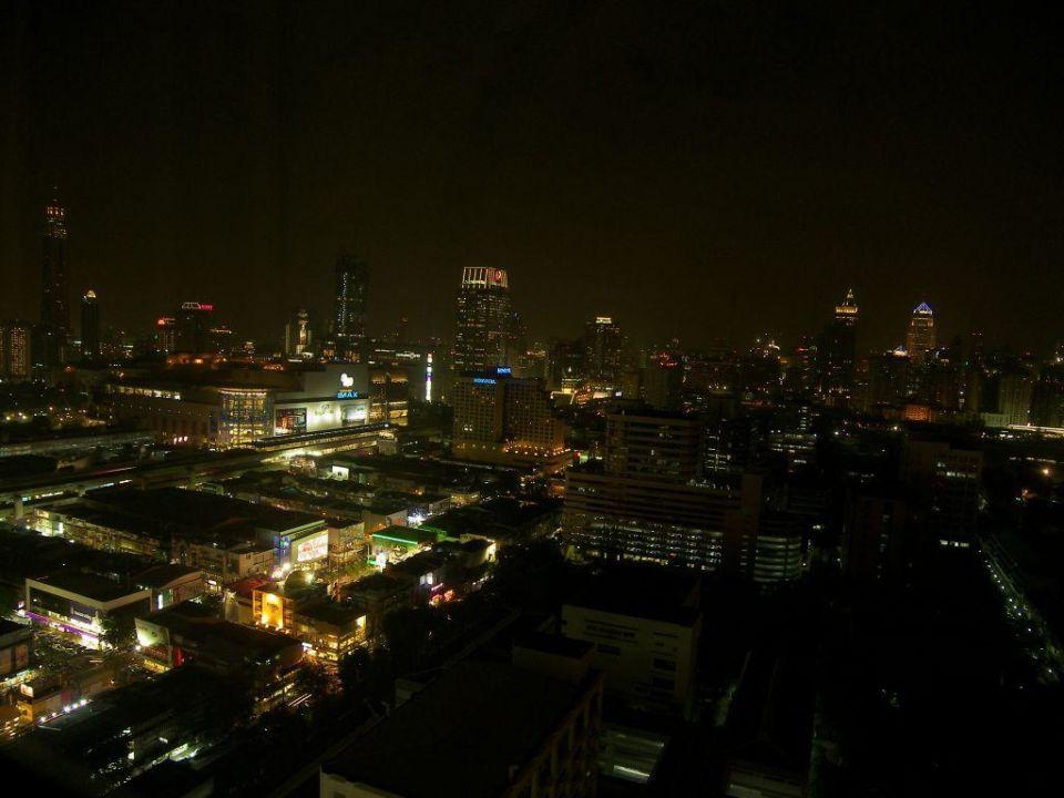 Bangkok bei Nacht Pathumwan Princess Hotel